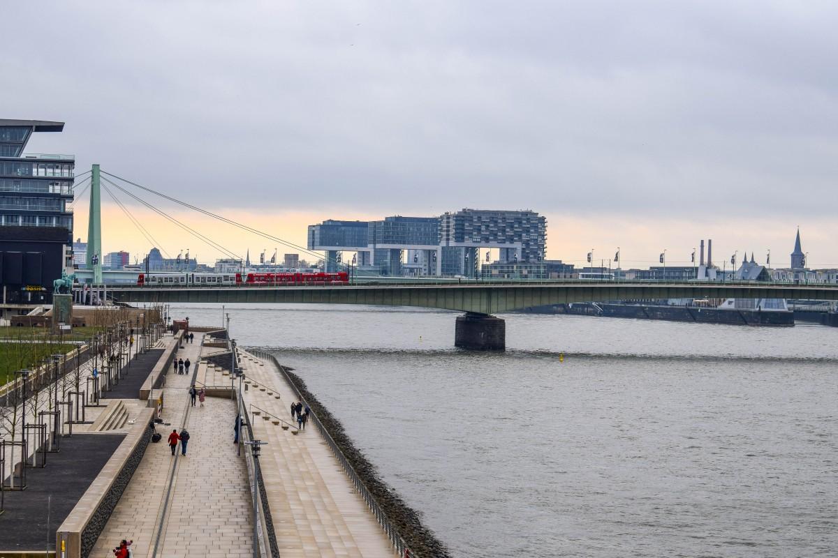 Kranhaus buildings from Cologne riverside
