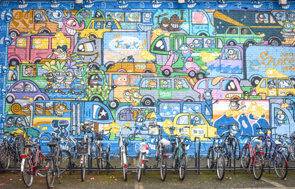 Ehrenfeld street art Pez Cologne