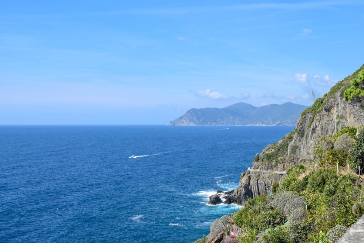Riomaggiore liguria sea Cinque Terre Italy