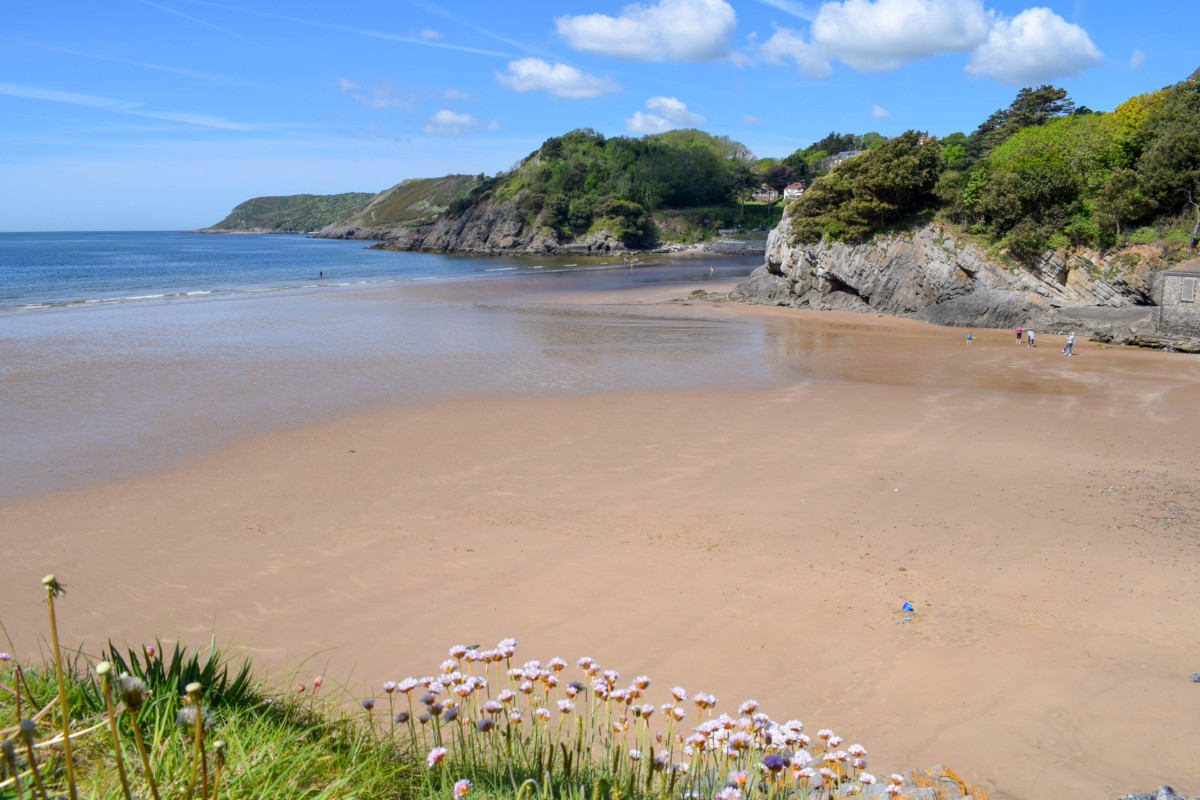 Gower hikes Wales Caswell Bay