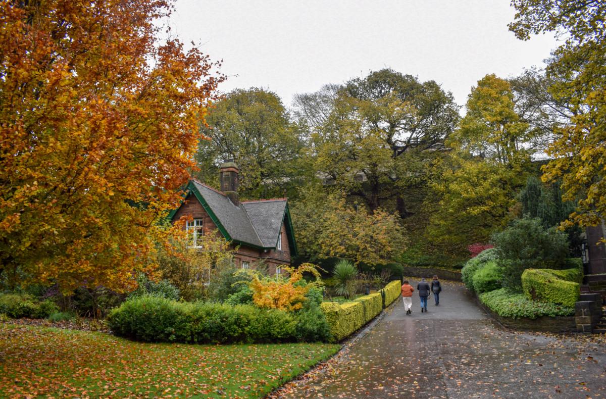 Edinburgh Princes Street Gardens in Autumn