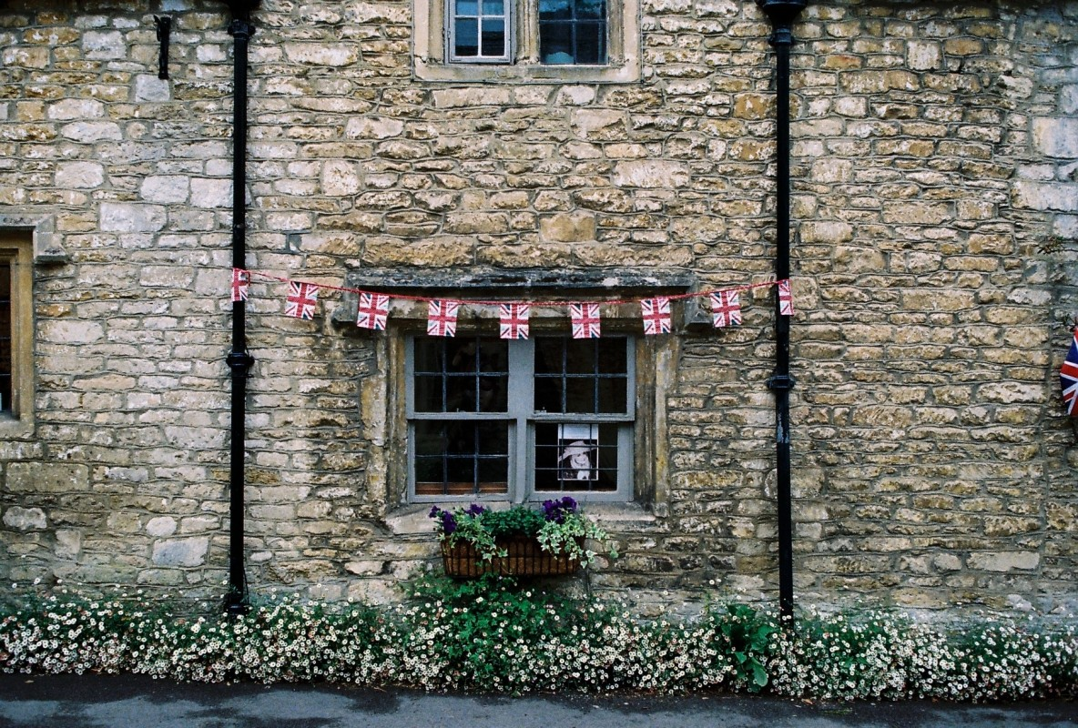 UK village Photo by sl wong from Pexels