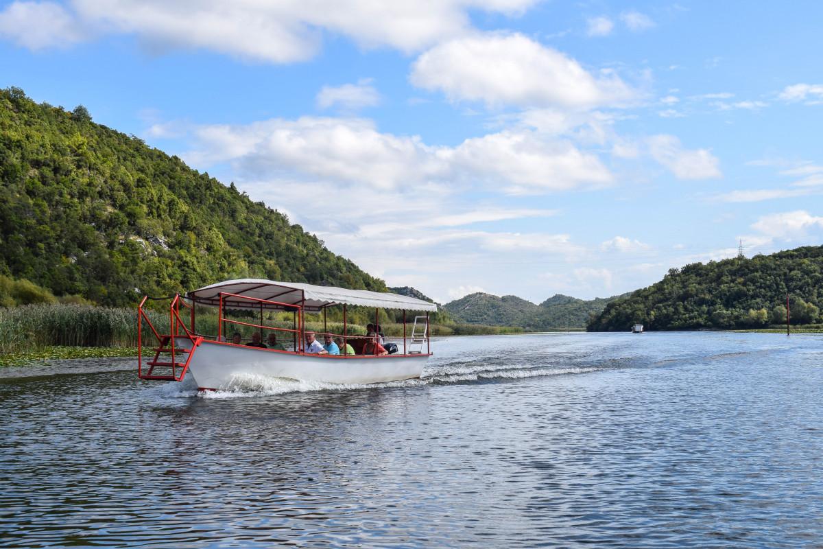 Lake skadar lake cruise
