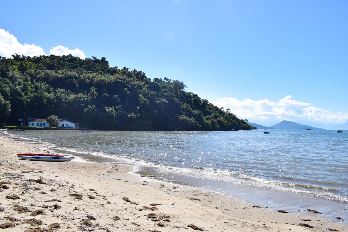 Paraty beach brazil