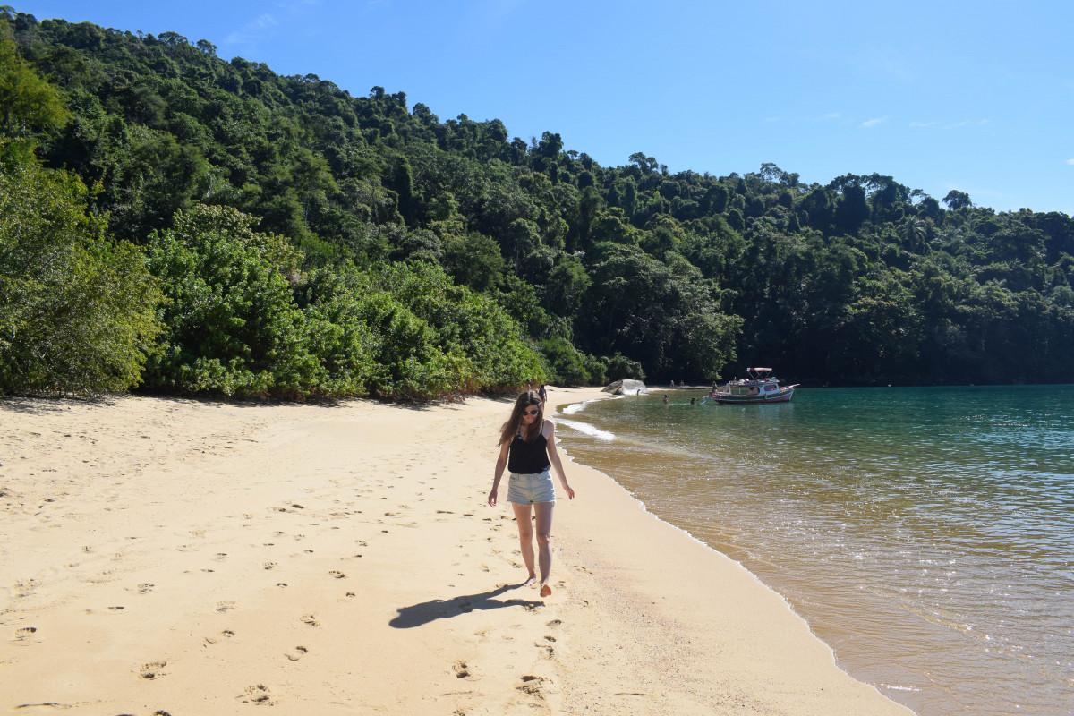 Paraty islands beach brazil